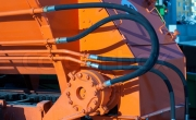 Hydraulic hoses of tractor